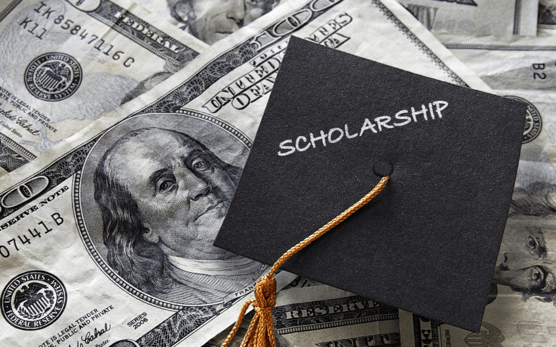 Top 10 Scholarships For College Students